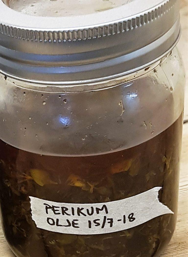 Prikkperikum i olivenolje