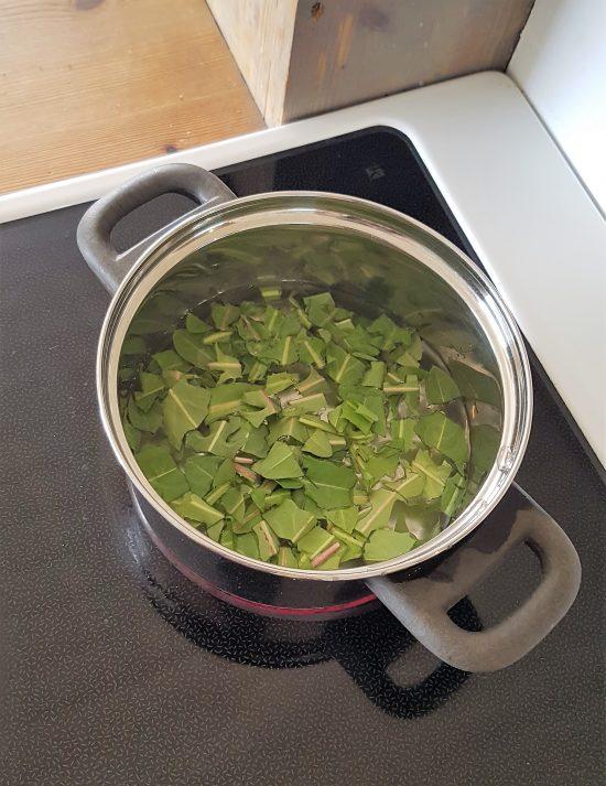 koke løvetannblad